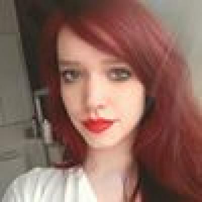 Eveline zoekt een Kamer / Huurwoning / Appartement in Eindhoven