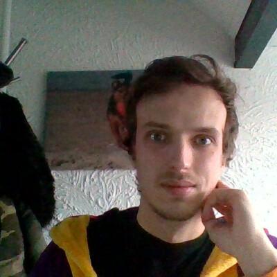 Alex zoekt een Kamer / Huurwoning / Appartement in Eindhoven